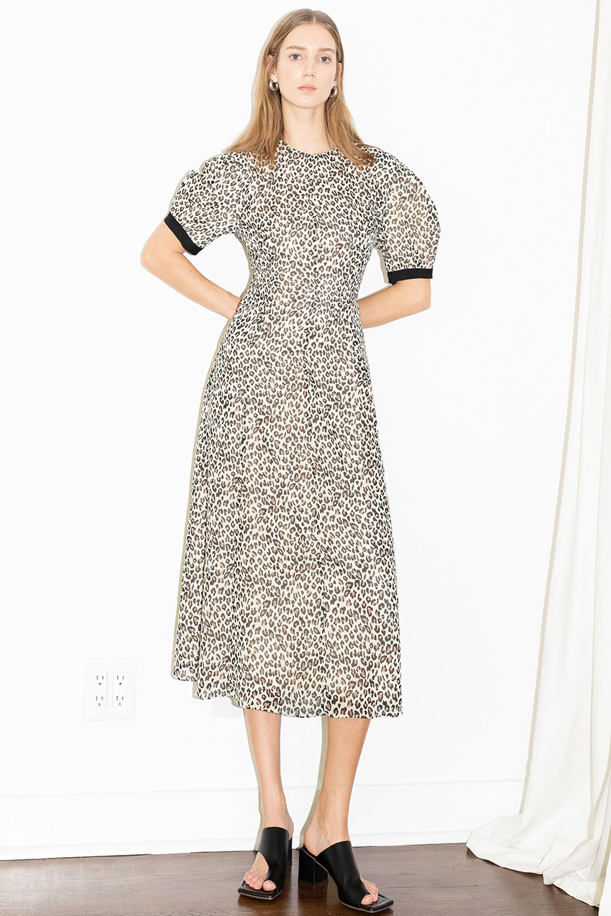 [김나영 노필터 TV][2사이즈 6/18 예약발송]POSITANO bishop short sleeve dress (Leopard brown)