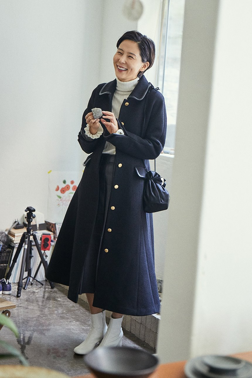 CHEONGDAM A-line coat (Black)