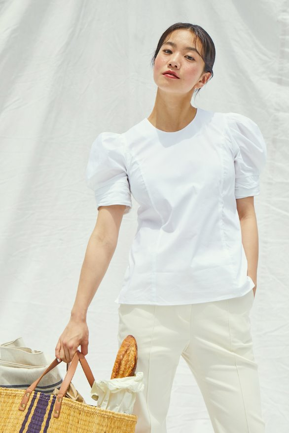 [앤유x이설][김나영 노필터 TV]FULLERTON voluminous short sleeve blouse (Off white)