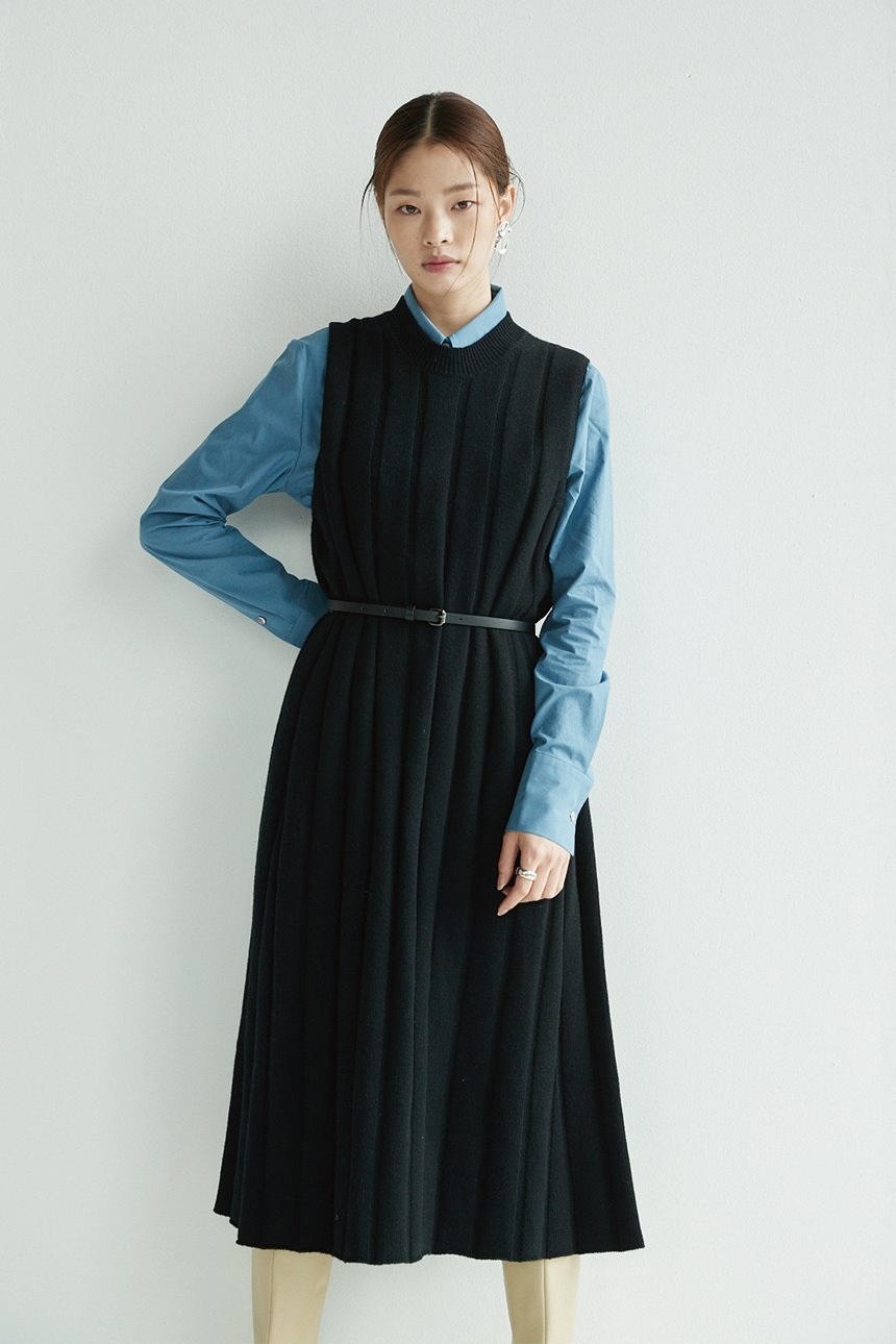 [1/25 예약배송][신세경착용]SEOUL FOREST Knit maxi dress (Black)