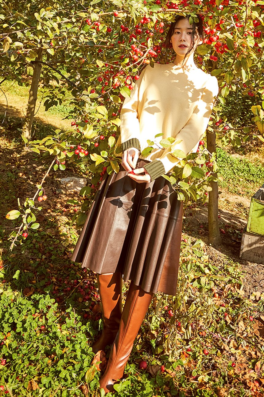 [앤유X노필터TV]HANNAM Pleated leather skirt (Dark brown/Saddle brown)